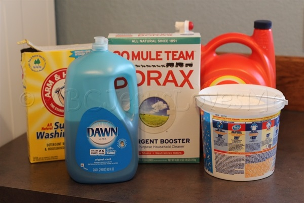 Homemade Liquid Laundry Detergent (No Heat Required)