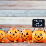 Jack-o-lantern, Halloween candy, Trick or treat sign